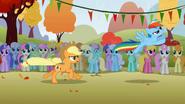 Rainbow flies away S1E13