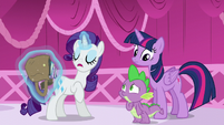 Rarity corrects Spike on Rococo Froufrou's gender --Him-- S5E22