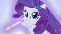 Rarity ponying up EG3