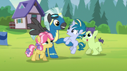 Thunderlane playing with the campers S7E21