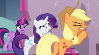 """Twilight Sparkle """"I can't leave you here!"""" S9E24"""