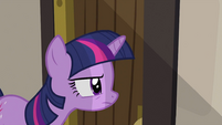 Twilight taking a peek S2E25