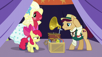 Apple Bloom greets booth barker S5E17