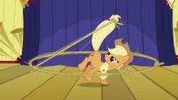 Applejack lasso stage S1E06
