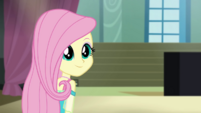 Fluttershy looking reassured at Applejack CYOE2b