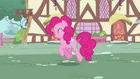 Pinkie Pie Walk S2E6