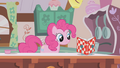 Pinkie Pie allright S01E04.png