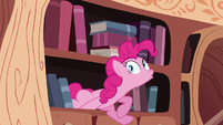 Pinkie Pie getting off the bookshelf S4E09