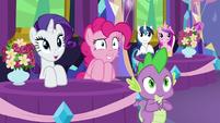 Rarity, Pinkie, and Spike feel less awkward S7E1