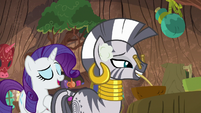 "Rarity ""I talk to myself while I sew"" S8E11"