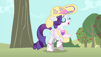 Rarity 'with the apple-bucking process' S4E13