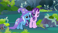 Trixie touched by Thorax's story S7E17