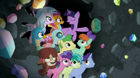 "Twilight ""having a great time together"" S8E17"
