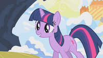 Twilight eager to help Rarity S1E11