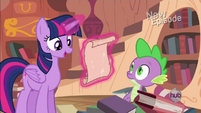 Twilight reading a letter S04E03