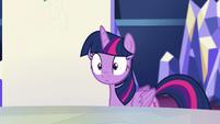 Twilight sees Pinkie leaving S5E11