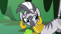 Zecora smiling at Fluttershy S7E20