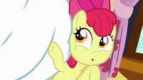 Apple Bloom points at Bulk Biceps S6E4