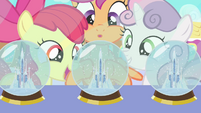 CMC and crystal snow globes S03E11
