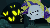 Rarity yelling at the spooky eyes S7E19