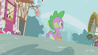 Shadow quickly approaching Spike S1E03