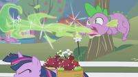 Spike burping a letter S01E03