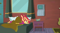 Sunset Shimmer hears her alarm clock again SS6