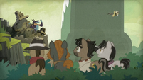 Caballeron observes Daring Do and Ahuizotl S9E21