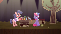 Charity Kindheart meets Mrs. Pearblossom S5E16