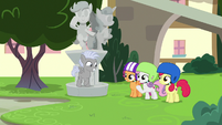 Cutie Mark Crusaders proud of Chipcutter S7E6