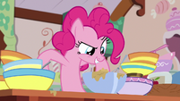 "Pinkie Pie ""let's finish this pie!"" S7E23"