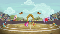 Ponyville beats Appleloosa in buckball S6E18
