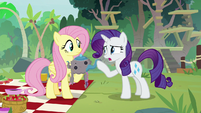 "Rarity ""I don't need help making clothes"" S8E4"