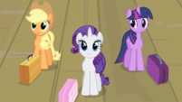 Rarity and friends preparing to board train S4E8