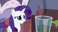 Rarity awkward smile S2E5