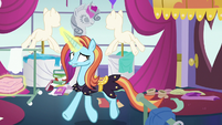 Sassy Saddles trotting through messy boutique S7E6