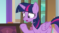 Twilight -if it falls into the wrong hooves- S8E17