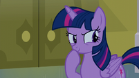 Twilight wonders how to approach Moon Dancer S5E12