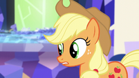 Applejack -just need to think about Twilight- S5E3