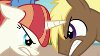 Coco and Rainbow Stars glare at each other S7E15