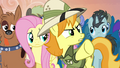 Daring Do collector about to protest S4E22.png