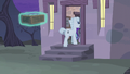 Double and Starlight enter the house S5E02.png