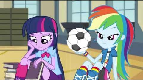 Italian Equestria Girls Rainbow Rocks Animated Shorts Shake Your Tail!