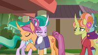 Mistmane gives Sable Spirit a goodbye hug S7E16
