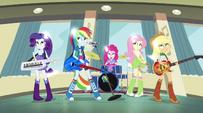 Rainbooms' pony features vanish EG2