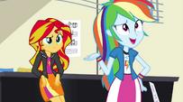 Rainbow Dash -who cares why it happens-- EG2