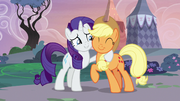 Rarity hugging and thanking Applejack S7E9