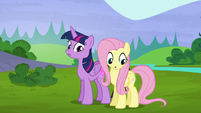 Twilight and Fluttershy's cutie marks glow again S5E23