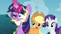 Twilight with an electrifying magical energy S4E26