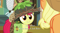 Apple Bloom dressed in hunting gear S9E10